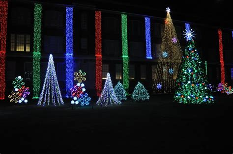 panoramio photo of nela park christmas lights 2011 1