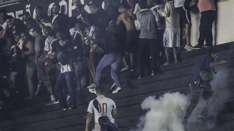 vasco morto vasco de gama flamengo guerriglia tra tifosi un morto