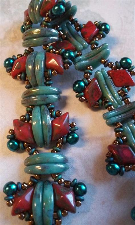 beaded superduo 2 hole bead valentines heart chain 3402 best beads images on pinterest beaded jewelry