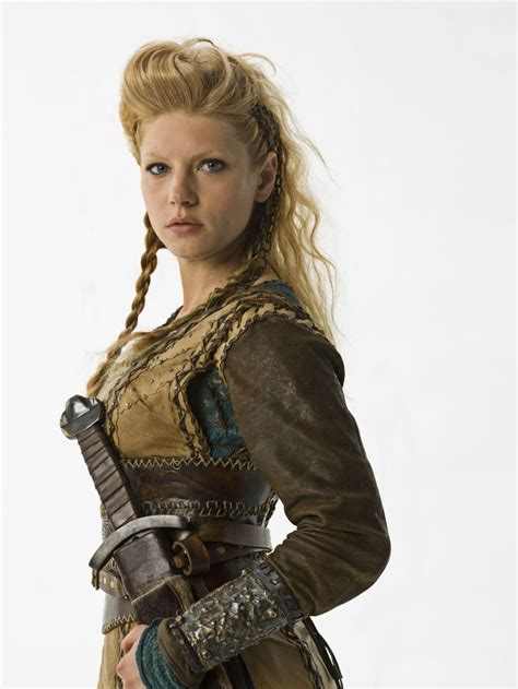 lagertha lothbrok how to dress like her 97 best images about lagertha of vikings on pinterest