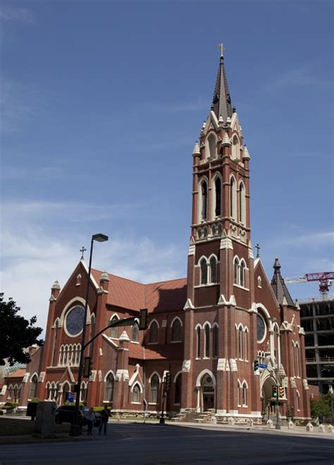 churches in cleburne tx