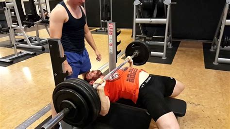 bench press 1000 lbs 20150831 barbell bench press 292 lbs 132 5 kg x 3 reps