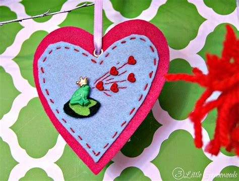 diy felt valentines ornaments  crafty spot  life  creative