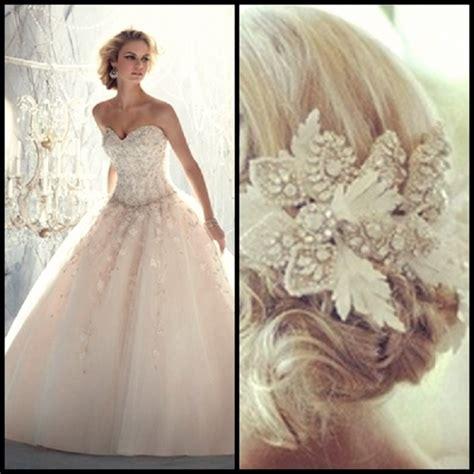 find perfect wedding dress impressive magazine