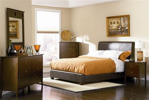 Master Bedroom Design For Small Space Small Master Bedroom Ideas Big Ideas For Small Room