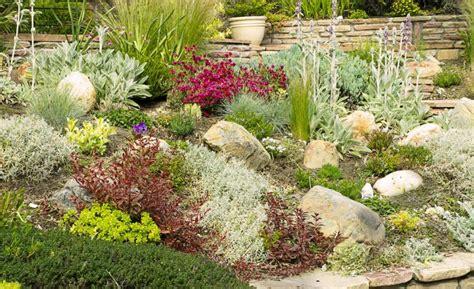 decoracion de jardines pequeños con piedras de rio jardines modernos con piedras vix