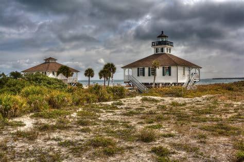 light house at light house at boca grande hdr creme