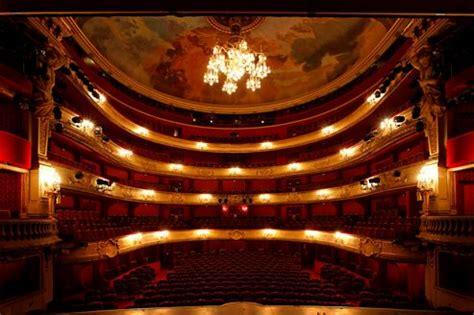 baignoire theatre la 233 die fran 231 aise remonte le