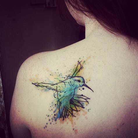 tatouage watercolor oiseau