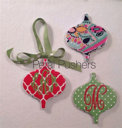 1000 images about cricut christmas ornaments on
