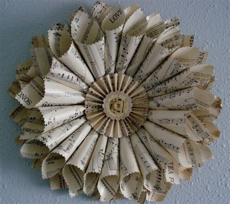 cute diy newspaper decoration ideas