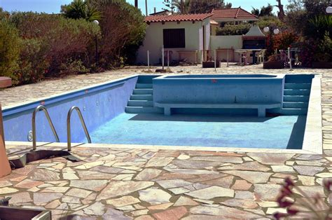 how much does an above ground pool cost how much does it cost to fill an above ground pool with