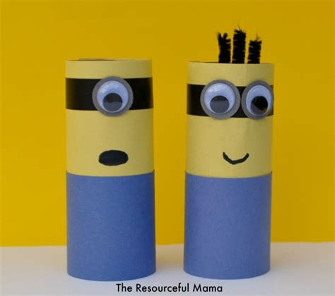 How To Make A Minion Out Of Construction Paper - toilet paper roll minions the resourceful