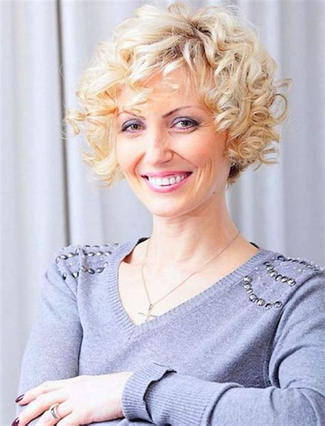 best hair style for wavy hair for 50 year old womabn curly short hairstyles for older women over 50 best