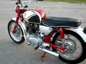 Honda 305 Superhawk 1965 Honda 305 Superhawk Restoration
