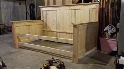 farmhouse daybed  storage drawers twin