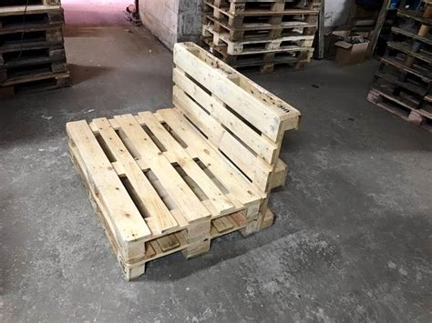 pallet seat low built pallet seating chair