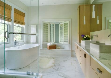 Modern Bathroom With Large Floor Tiles Decoist Modern Bathroom Floor Tiles