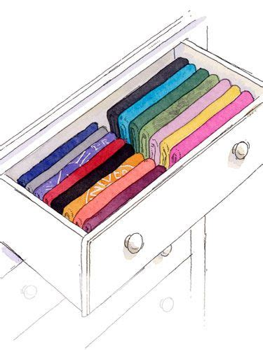 Folding Shirts For Drawers by Fold Clothes Everything And Home Organization Ideas On