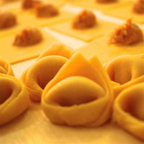 tortelli mantovani di zucca tortelli di zucca 1 kg in punta di forchetta