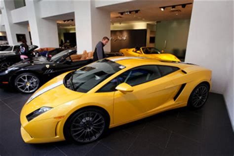 How Much Does A Lamborghini Murcielago Cost In Us Dollars How Much Does It Cost To Lease A Lamborghini Howstuffworks