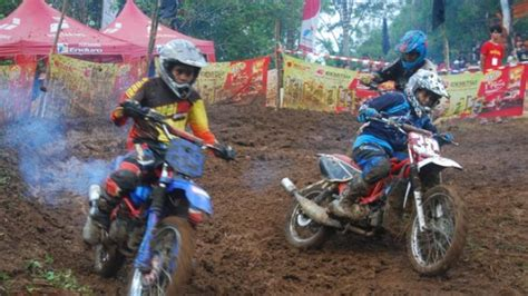 wallpaper anak cross balap motor trail lucu automotivegarage org