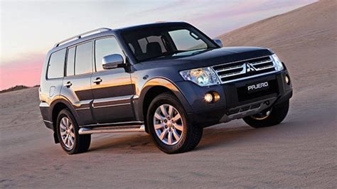 blue book value used cars 2005 mitsubishi pajero security system mitsubishi pajero used review 2009 2011 carsguide