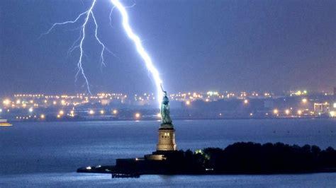york lighting york ny the lightning landmark lightning strikes statue of