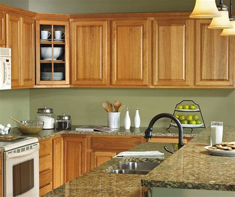 hickory kitchen cabinet best 25 hickory cabinets ideas on pinterest