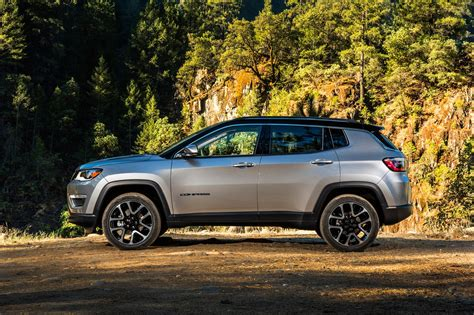 jeep compass limited refreshing or revolting 2017 jeep compass motor trend