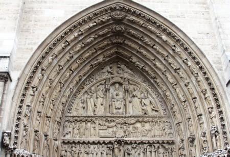 notre dame ingresso portale di ingresso storico pantheon parigi costruendo
