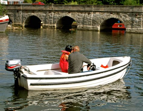 small boat with motor motor boats boat hire stratford upon avon