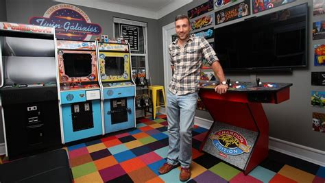arcade bedroom gaming fanatic dumped by fianc 233 e after he builds arcade in