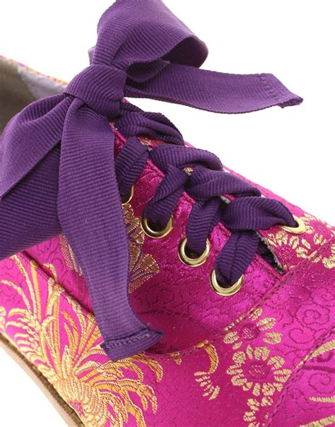 the magic carpet slippers 0141304774 object moved