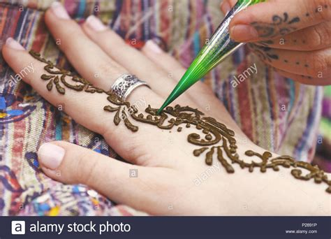 indian henna tattoo miami henna stock photos henna stock images alamy