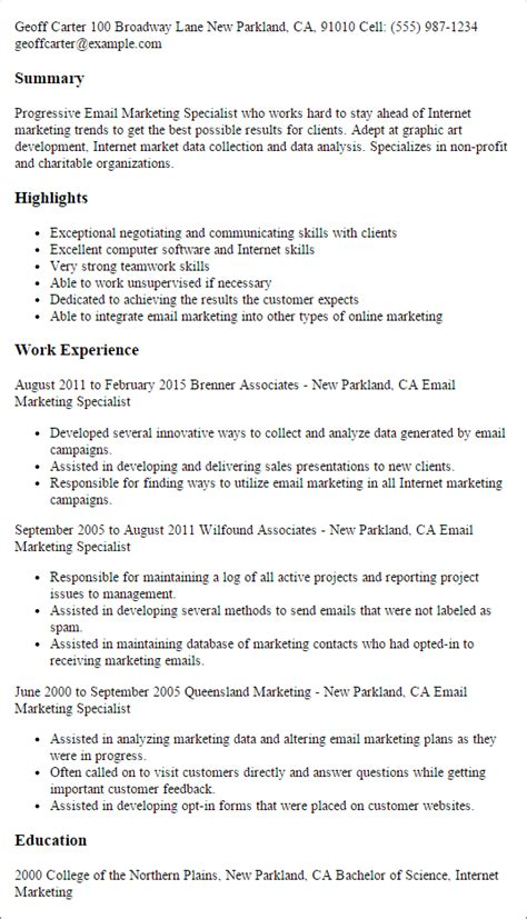 Marketing Resume Templates To Impress Any Employer Livecareer Email Resume Template