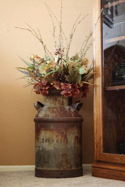 christmas milk can ideas pinterest what to do with your milk cans for the home home decor cheap home decor decor
