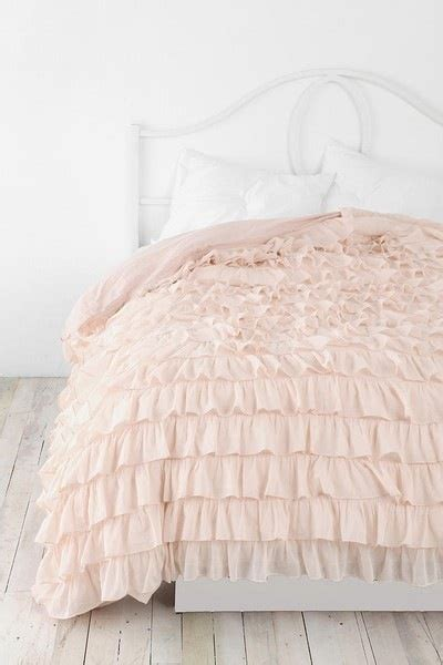 Pretty Bed Covers 21 Beautiful Bed Linens In This Gallery Mostbeautifulthings