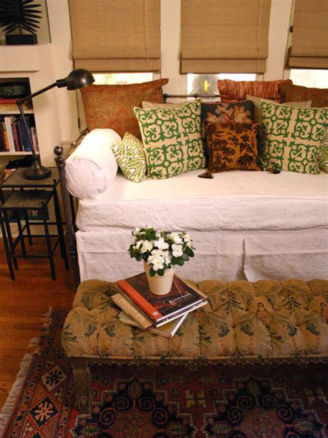 daybed bedding ideas modern furniture design daybeds 2013 ideas from hgtv
