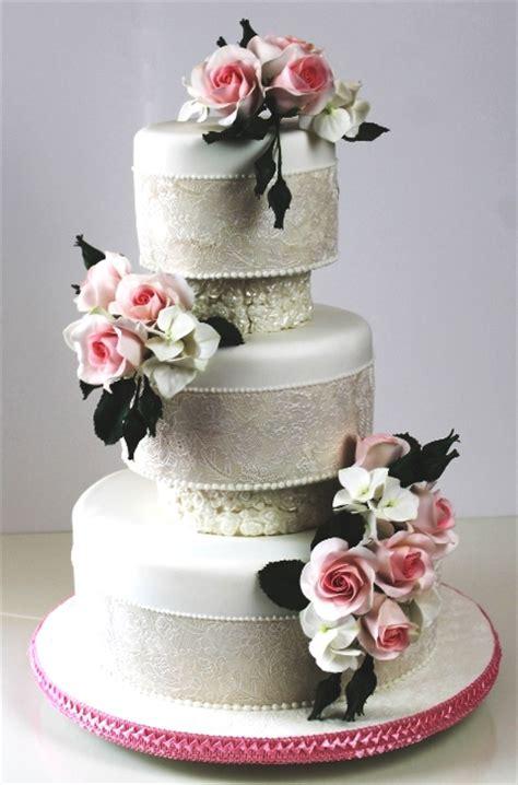 Hochzeitstorte 90 Personen by Rosa Pinkfarbene Tortenkunst Perlmutt Und