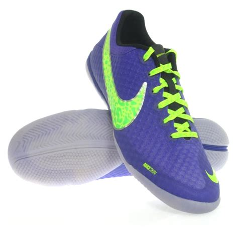 futsal shoes awesome nike indoor soccer shoes images