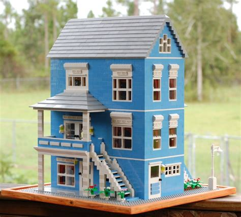 build a victorian house blue victorian house a lego 174 creation by rita stallings