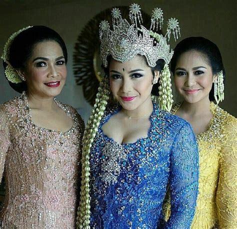 Penjelasan Tentang Baju Adat Sunda 10 gaun pernikahan tradisional seleb yang paling menarik