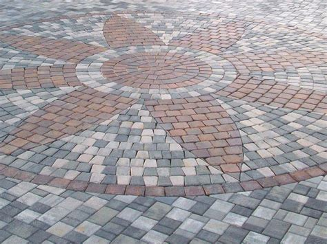 Interlocking Patio Pavers Best 25 Paver Designs Ideas On Pinterest