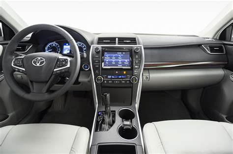 toyota 2015 interior refreshing or revolting 2015 toyota camry photo gallery
