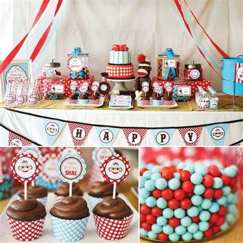 Monkey Birthday Decorations by Sock Monkey Kaydence S 2nd Birthday Ideas