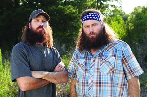 redneck hairstyle willie and jase robertson settle beef in redneck style