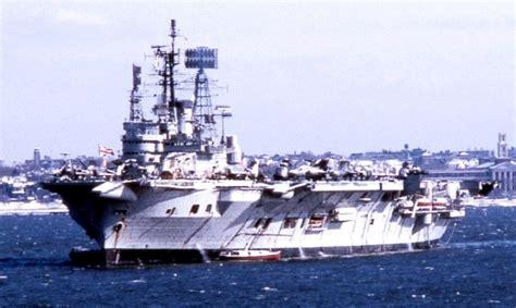 portaerei inglese portaerei inglesi royal navy