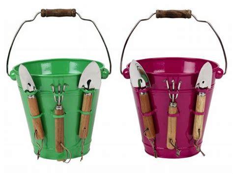 metal bucket  garden hand tools hot spring buys