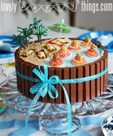 themed cake decorations best 25 birthday cakes ideas on